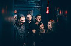 5.10. Hohka. Yhtye soittaa uutta, energistä nykykansanmusiikkia. Yhtyeen kappaleissa suomalaisen perinteen kaiut yhdistyvät globaaleihin tunnelmiin ja tarttuviin pop-melodioihin.  #eckeröline #suomi100 #elämyslaineilla #msfinlandia