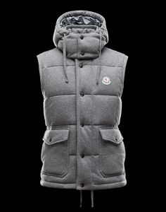 Moncler Fleece vest with detachable hood Fashion Bags, Mens Fashion, Korean Fashion, Fashion Trends, Fall Outfits, Summer Outfits, Casual Outfits, Winter Gear, Fall Winter