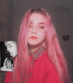 Owowowoowow my friend wants this wowoowowowow Ulzzang Hair, Makeup Tumblr, Dark Blonde, Aesthetic Girl, Tumblr Girls, Trendy Hairstyles, Pink Hair, Hair Inspo, Pretty People