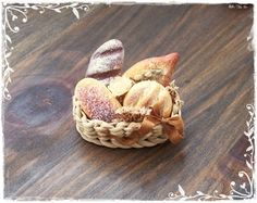 1:12 Rustic Bread Basket dollhouse miniature by SorayaMiniatures