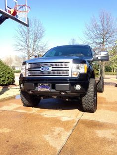 Platinum lift - Ford Forum - Community of Ford Truck Fans F150 Lifted, Lifted Chevy Trucks, Chevrolet Trucks, Pickup Trucks, Big Trucks, 1957 Chevrolet, Chevrolet Impala, Ford F150 Custom, Tundra Truck