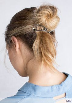 A new take on the messy bun with Scroll flexi clip, unique and versatile hairstyling tool from Lilla Rose.