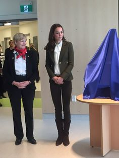 """Suzanne Anton on Twitter: """"Welcoming their Royal Highnesses to spectacular new hospital in Haida Gwaii,@TerryLakeMLA #RoyalVisitCanada"""
