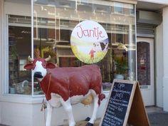 Jantje stadszuivelboerderij - Den Haag - Shop till you drop - #haagseschatten - Ontdek de leukste en meest bijzondere plekjes van Den Haag op www.haagseschatten.nl