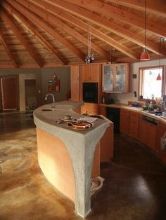 KITCHEN in a Yurt - http://yurtalliance.com/wp-content/uploads/2010/12/30080_127394363944968_122318114452593_248586_3363346_n.jpg