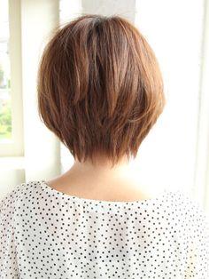 ふんわりショートヘアスタイル:ショート