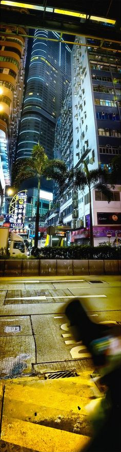 Região Administrativa Especial de Hong Kong da República Popular da China.