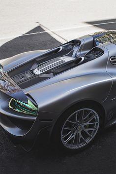 Porshe 918 ~ Definitely an outdoor pleasure! Maserati, Bugatti, Ferrari, Sexy Cars, Hot Cars, Porsche 918, Motorcycle Design, Koenigsegg, Future Car
