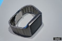 Sony SmartWatch 3 en métal, nous l'avons vue ! - http://www.frandroid.com/marques/sony/261346_sony-smartwatch-3-en-metal-nous-lavons-vu  #AndroidWear, #Sony