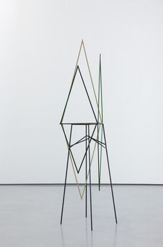 Eva Rothschild, Sweet Valley, 2011, painted oak, steel stand, 243 x 60 x 60 cm