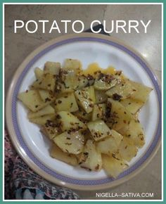 Learn how to make this tantilizing Pakistani dish for the holidays or any day. Pakistani Dishes, Nigella Sativa, Potato Curry, Taste Buds, Potato Salad, Potatoes, Holidays, Ethnic Recipes, Food
