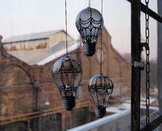 Släng inte dina glödlampor, låt dem istället bli snygga inredningsdetaljer! Så enkelt och så snyggt.