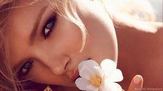 Female Model Sweet - HD Wallpapers
