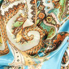 81 meilleures images du tableau carre soie   Hermes scarves, Silk ... f7c528dcf5a