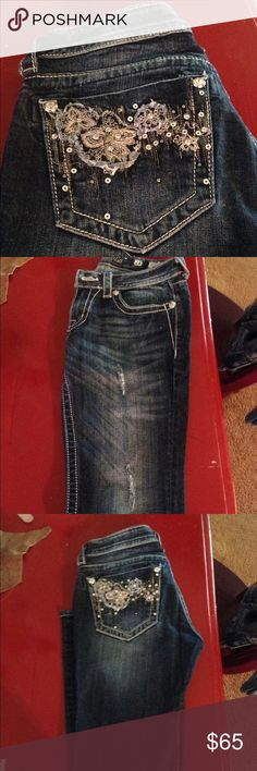 Miss Me Jeans Brand new Miss Me Jeans. Size 28 boot cut. No tags but in absolute brand new condition. Super cute design on back pockets! Miss Me Jeans Boot Cut