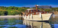 Navire habitable à quai et en mer
