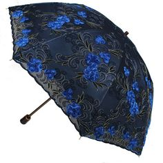 Umbrella with a black coating, good sunscreen, heat insulation and cooling. Fancy Umbrella, Uv Umbrella, Vintage Umbrella, Folding Umbrella, Under My Umbrella, Cute Umbrellas, Umbrellas Parasols, Lace Parasol, Gothic