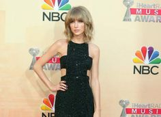Taylor Swift says her mother has cancer Taylor Swift  #TaylorSwift