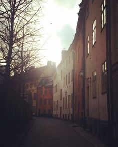 Always believe in the silver lining and yourself. #stockholm #architecture #light #nevergiveup #whatdoesntkillyoumakesyoustronger #sweden