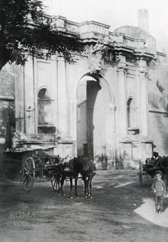 Porta Portese (1900 ca) Black White Fashion, Black And White, Best Cities In Europe, Italy Pictures, Yesterday And Today, Romans, Old Photos, Foto Vintage, History
