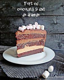 Alina Avram: Tort cu ciocolată și unt de arahide (de post) Vegan Cake, Vegan Desserts, Happy Foods, Unt, Raw Vegan, Food Inspiration, Tiramisu, Food And Drink, Cooking Recipes