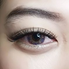 2D Russian Volume Eyelash Extensions