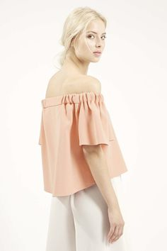 09937919b2eb 12 Le Fashion 31 Stylish Ways To Wear An Off The Shoulder Look Peach Pink  Topshop Structured Bardot Top