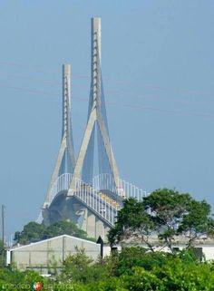 Puente Tampico.