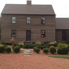 primitive homes crossword clue Colonial House Exteriors, Colonial Exterior, Exterior Homes, Colonial Architecture, Exterior Paint, Exterior Design, Tuscan Style Homes, French Style Homes, Saltbox Houses