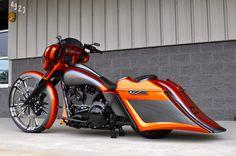 Harley Davidson Bike Pics is where you will find the best bike pics of Harley Davidson bikes from around the world. Harley Bagger, Bagger Motorcycle, Harley Bikes, Motorcycle Style, Motorcycle Paint, Motorcycle Tips, Custom Baggers, Custom Harleys, Custom Bikes