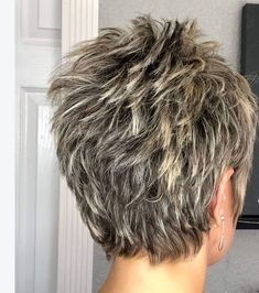 50 Sweet And Stylish Short Pixie Haircuts Or Hairstyles You Should Try This Summ. 50 Sweet And Stylish Short Pixie Haircuts Or Hairstyles You Should Try This Summ. Short Choppy Hair, Short Haircut Styles, Short Layered Haircuts, Short Grey Hair, Short Hairstyles For Thick Hair, Short Hair With Layers, Pixie Hairstyles, Curly Hair Styles, Layered Hairstyles