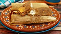 Guava tamales with cheese are delicious. The sweetness of guavas and the saltiness of cream cheese form an irresistible combination that works in all kinds of desserts. And, the best part is that you can enjoy these tamales for breakfast, as a snack, and, of course, as a dessert. In order to bring out the intense flavor on guavas, I love adding some cinnamon and ground cloves to the dough. Remember there are several ways of enjoying sweet tamales, and you can have them with a creamy atole…