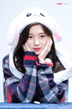 """oh my girl ; Kpop Girl Groups, Korean Girl Groups, Kpop Girls, K Pop, Arin Oh My Girl, Korean Birthday, Wendy Red Velvet, Beautiful Celebrities, Sweet Girls"