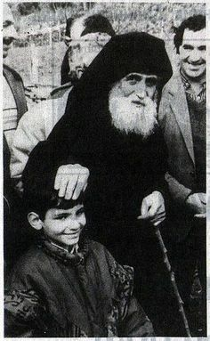 Paisios: The Role of the Mother in Raising Children — Saint Kosmas Orthodox Christian Education Association Miséricorde Divine, Lives Of The Saints, Jesus Prayer, Orthodox Christianity, Orthodox Icons, Sacred Art, Interesting Faces, Ancient Greece, Priest