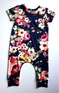FLORAL Baby girl Harem Romper, Harem baby, baby girl clothes, romper by Simplydami on Etsy  https://presentbaby.com