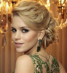 Wedding Party Hairstyles for Long Hair 2016 Party Hairstyles For Long Hair, Bride Hairstyles, Hair Styles 2016, Short Hair Styles, Mother Of The Bride Hair, How To Make Hair, Bridesmaid Hair, Hair Today, Hair Dos