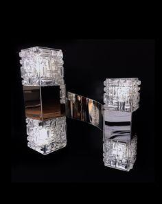 GAETANO SCIOLARI. Applique double - Cube. Inox et verre . 1960