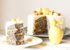 Recept na cuketový dort s mákem, lemon curd a šlehačkovým krémem