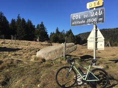 Brève #pyreneesorientales #france #route66 #caminadebikes #steelbike #roadracer #roadbike #handmade #madeinfrance  You're looking for a place with mountains for cycling and the sea to relax a place to do road bike gravelbike MTB? Come to Pyrénées Orientales South of France. We will be happy to have a ride with you. #pyreneesorientales #france #route66 #caminadebikes #steelbike #roadracer #roadbike #handmade...  Brève #pyreneesorientales #france #route66 #caminadebikes #steelbike #roadracer…
