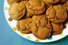 """Chewy Ginger Molasses Cookies Recipe We should add a """"pumpkin cookie-esqu"""" icing on these made from biscoff spread ! Cookie Desserts, Just Desserts, Cookie Recipes, Delicious Desserts, Dessert Recipes, Yummy Food, Holiday Desserts, Dessert Ideas, Holiday Recipes"""