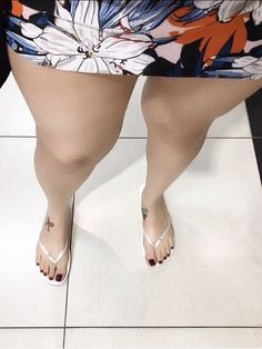 Beautiful Toes, Lovely Legs, Great Legs, Sexy Legs And Heels, Hot High Heels, Cute Toes, Pretty Toes, Foot Pics, Big Legs