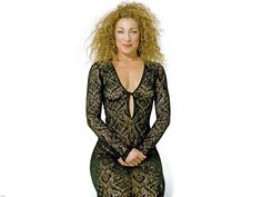 Alex Kingston Beautiful Redhead, Beautiful Celebrities, Gorgeous Women, Amazing Women, Alex Kingston, Doctor Who Actors, Poofy Hair, Doctor Who Companions, Middle Aged Women