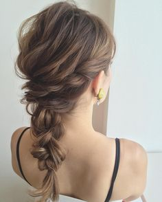 Large and Loose Braid with a High Pony - Braided Ponytail Hairstyles Braided Ponytail Hairstyles, Bride Hairstyles, Pretty Hairstyles, Medium Hair Styles, Curly Hair Styles, Natural Hair Styles, Cute Ponytails, Hair Arrange, Hair Setting