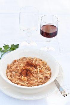 Pasta e fagioli (cotti al camino) Pasta E Fagioli, My Recipes, Risotto, Oatmeal, Beans, Breakfast, Ethnic Recipes, Terracotta, Food
