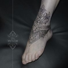 WEBSTA @ juli_hamilton - Mehndi style foot piece#ornamentaltattoo #dotwork #dotworktattoo #foot #foottattoo #mehndi #inked #ink #inkedup #tattooartistmagazine #tattoos #tattooart