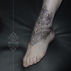 WEBSTA @ juli_hamilton - Mehndi style foot piece#ornamentaltattoo #dotwork #dotworktattoo #foot #foottattoo #mehndi #inked #ink #inkedup #tattooartistmagazine #tattoos #tattooart