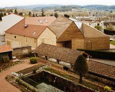 calderon-folch-sarsanedas arquitectes: léonce georges community center