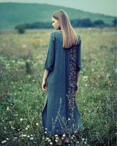 Bogi @iconhungary styling @timeadianna hair @gabriellahalasisz makeup @szlamizita Photo by me . . . #autumn #naturallight #field #nature…