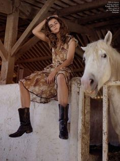 Top model Andreea Diaconu follows Gisele in the ode to animals message of Vogue Paris' August 2017 issue. Dan Martensen captures Diaconu in 'L'air libre' with styling by Claire Dhelens. http://www.anneofcarversville.com/style-photos/2017/7/9/0ipcc8god5hj5vpe6phjsxnfokhk7k