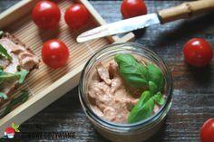 Więcej Niż Zdrowe Odżywianie Pasta łososiowa z pomidorów